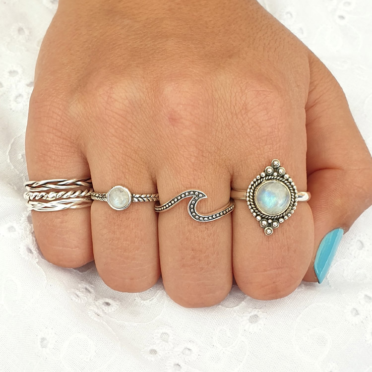 ring gift box Silver nest ring woven with stones